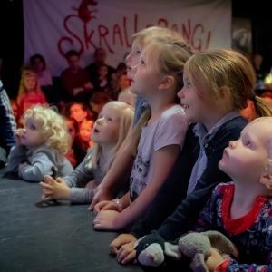 Skrallebang - AlTid til børn